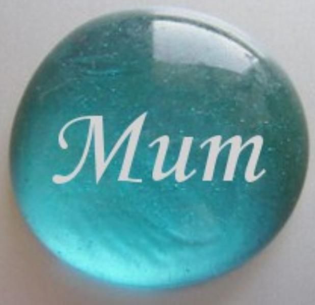 personalised_glass_pebble